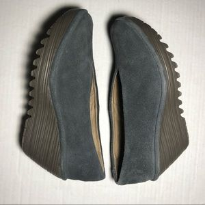 Fly London Women's Yoni Suede Wedges SZ 36…